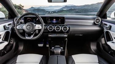 Mercedes CLA Shooting Brake - cabin