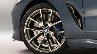 BMW 8 Series - studio wheel