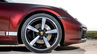 Porsche 911 Targa 4S Heritage Design Edition - wheel