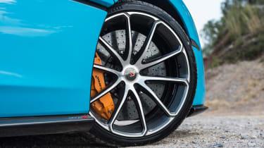McLaren 570S Spider front wheel detail