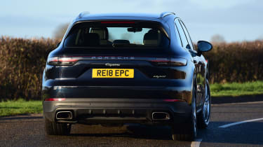 Porsche Cayenne E-Hybrid - rear cornering