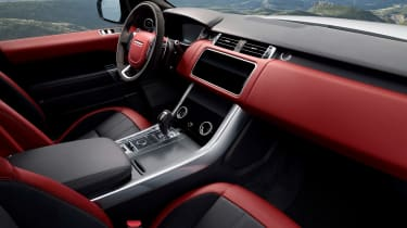 Range Rover Sport HST - interior