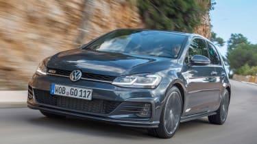 Volkswagen Golf GTD 2017 facelift - front tracking 2