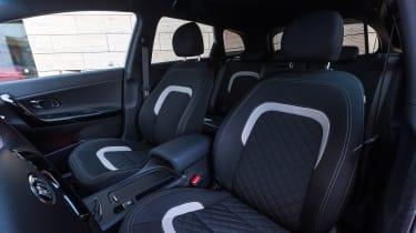 Kia Cee'd 2015 facelift - front seats