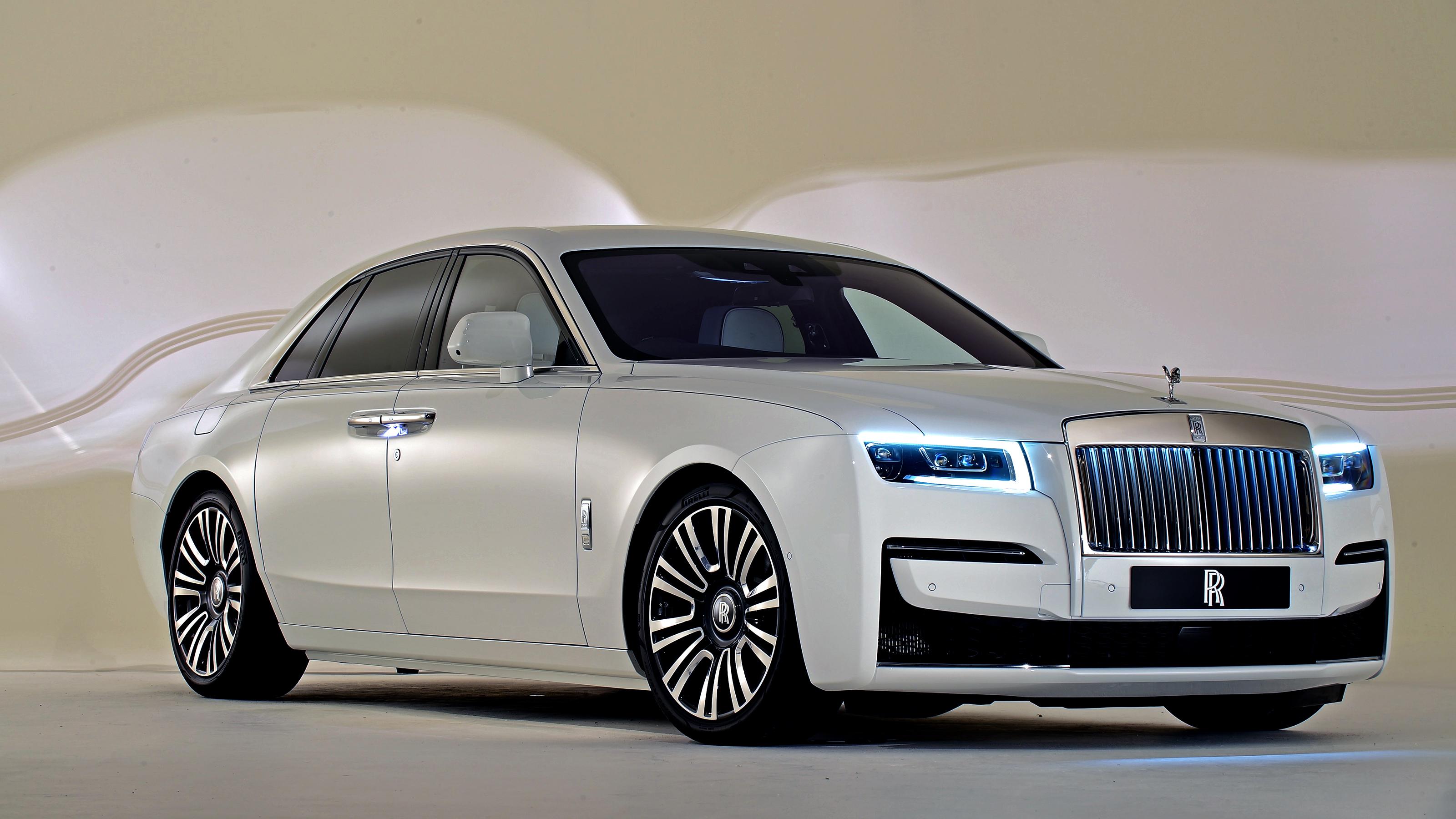 New Rolls-Royce Ghost luxury saloon wafts in   Auto Express