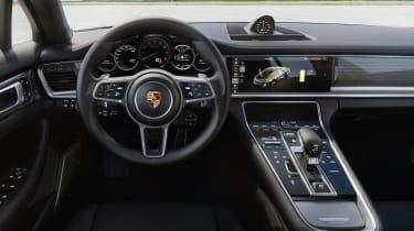 Porsche Panamera Turbo S E-Hybrid interior