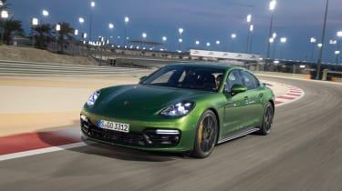 Porsche Panamera GTS - front tracking