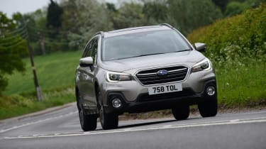 Subaru Outback - front cornering