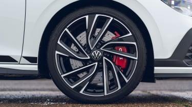 Volkswagen Golf GTI Clubsport - wheel