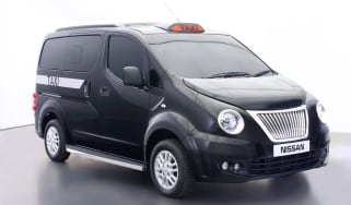 Nissan NV200 Taxi profile