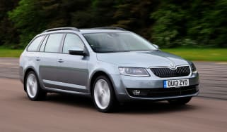 Skoda Octavia Estate 1.6 TDI front action