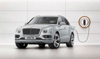 Bentley Bentayga PHEV - plugged-in