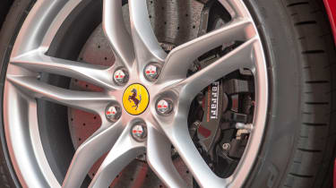 Ferrari 812 Superfast - wheel detail