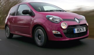 Renault Twingo hatchback front tracking
