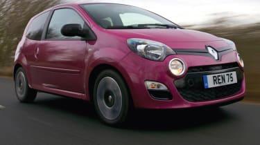 Renault Twingo hatchback front tracking
