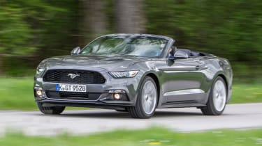 Ford Mustang Convertible - driving