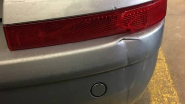Volkswagen Transporter Sportline dent