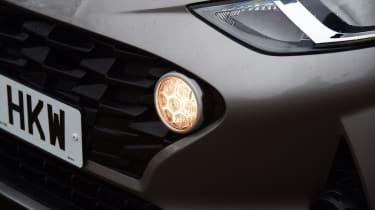 Hyundai i10 - grille