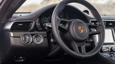 RM Sotheby's 2017 Paris auction - 2016 Porsche 911 R interior