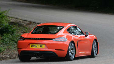Porsche 718 Cayman 2016 - rear cornering