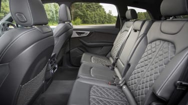 Audi SQ7 - rear seats
