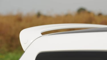 Suzuki Swift Attitude roof spoiler