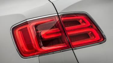 Bentley Bentayga Diesel - Ice white 2017 rear light