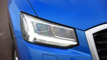 Audi Q2 - front light
