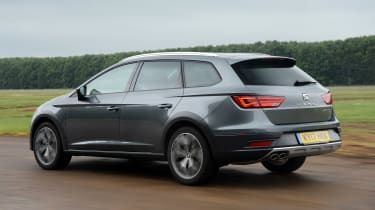 SEAT Leon X-Perience - rear