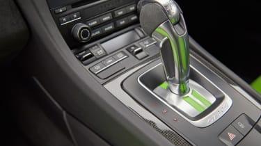 Porsche 911 GT3 RS - gear lever