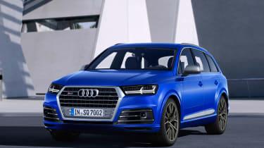 Audi SQ7 blue - front quarter