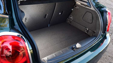 MINI Cooper 5dr boot space