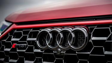 Audi RS Q3 - grille