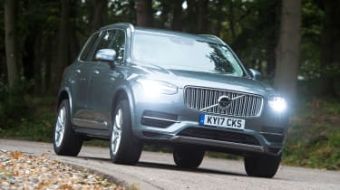 Volvo XC90 T8 - front action