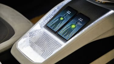 Skoda Vision iV concept - wireless charging