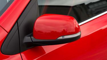 Triple test –Kia Picanto - wing mirror