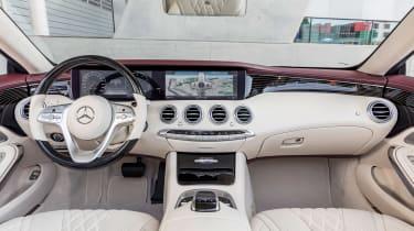 Mercedes S-Class Cabriolet - dash