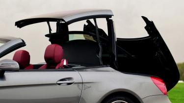 Mercedes SL 400 - roof closing