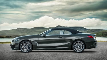 BMW 8 Series Convertible - roof closed