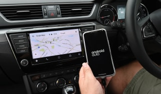 Skoda Superb long-term test - Android Auto