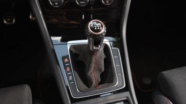 Volkswagen Golf GTI Clubsport S - gearstick