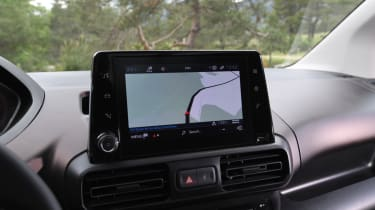 Peugeot Rifter infotainment screen