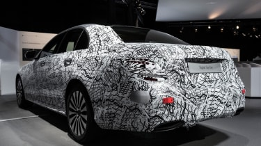 Mercedes E-Class tech - rear