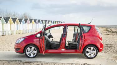 Vauxhall Meriva 2014 facelift - doors open