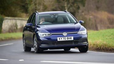 Volkswagen Golf Estate - cornering