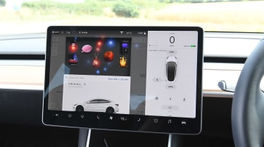 Tesla Model 3 - easter eggs