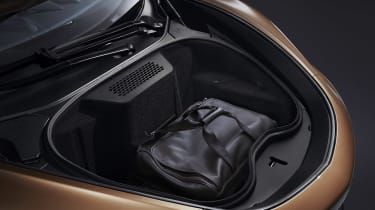 McLaren GT - front boot