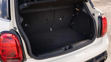 MINI Cooper S - boot side