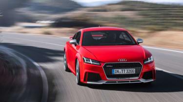 Audi TTRS 2016 - coupe front cornering