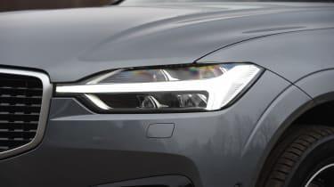 Volvo XC60 - headlight